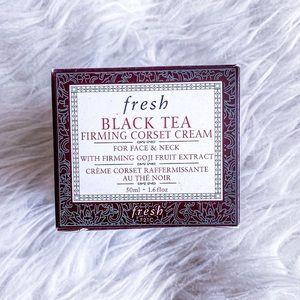 Fresh Black Tea Firming Corset Face Neck Cream